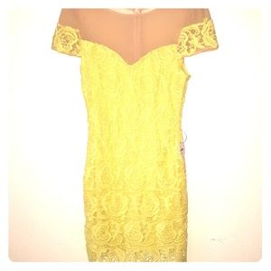 Dresses & Skirts - Yellow cocktail dress